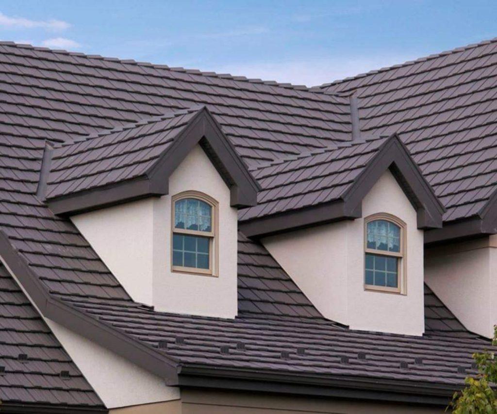 Hiring Roofing Contractors in UK